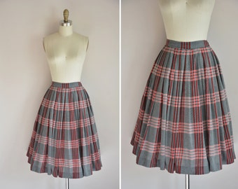 50s Young Scholar skirt/ vintage 1950s cotton skirt/ vintage plaid full skirt