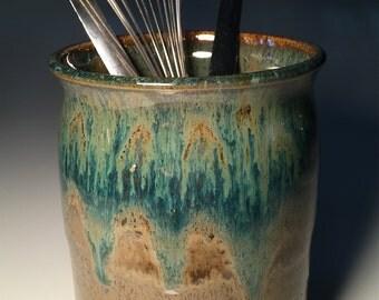 Wine Glasses Pottery Handmade White Chiller Cooler Christmas Custom Utensil Holder Vase Wedding Gift Bridal Shower Kitchen Ceramic Green