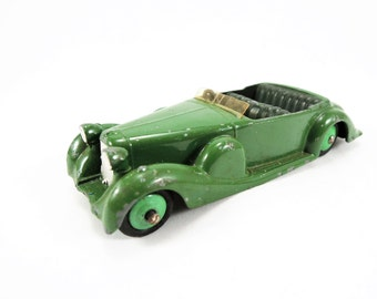 Vintage Dinky Toy, Lagonda Tourer Model No. 38C, Original Windshield, Vintage Diecast, Green Body, Dark Green Interior, Green Hubs
