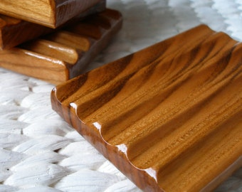 Wooden Soap Dish, Handcrafted Reclaimed Cherry Wood Soap Saver Dish, Wood Soap Tray