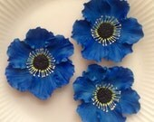 Gum Paste ANEMONES ROYAL BLUE  Flowers / Set of 3 /  Edible  Cake and Cupcake Decorations