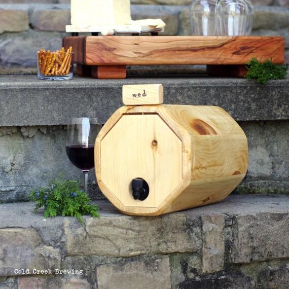 Wine Barrel - Wedding Decoration - Gift Idea - Eco Friendly - Maid of Honor Gift - Wine Decanter