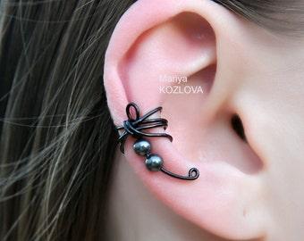 No Piercing Cartilage Ear Cuff Black Dragonfly with Swarovski Pearls/fake faux piercing/black goth tattoo/halloween/ear sweep crawler jacket