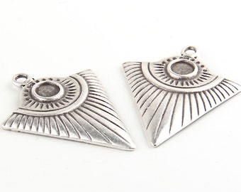 Tribal Triangle Pendant,Ethnic Triangle Pendant, Matte Silver Plated, 2 pieces // SP-234