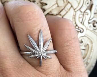 Cannabis Leaf Ring