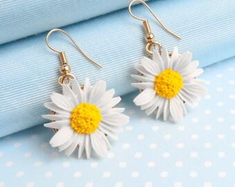 Daisy Dropper Earring