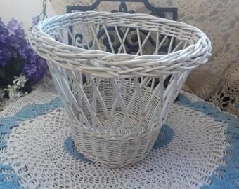 Shabby Cottage Wicker Trash Can Waste  Basket /Planter/ Storage / Organization :)