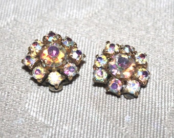 Womens 1950s Vintage Aurora Borealis Cluster Clip on Earrings, Antique Alchemy