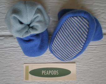 Cashmere slippers, PEAPOD baby booties, soft slippers, royal and light blue, double thick 100% cashmere, size 3-9 months