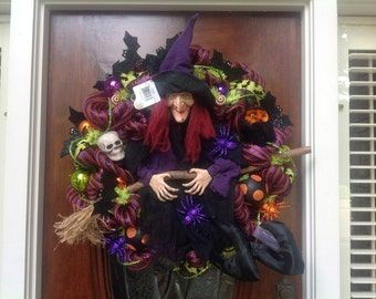 Large Laughing Witch Wreath