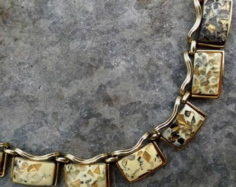 1960s Coro mottled lucite necklace goldtone metal