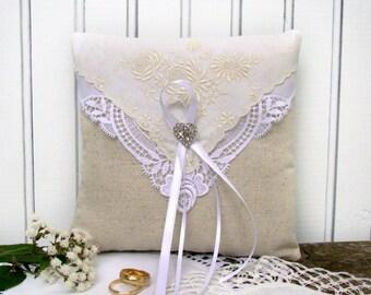 Wedding Ring Bearer Pillow, Ring Cushion, Vintage Wedding, Ivory Ring Pillow, Rustic Lace Cushion, Brooch Wedding Pillow, Ring Holder