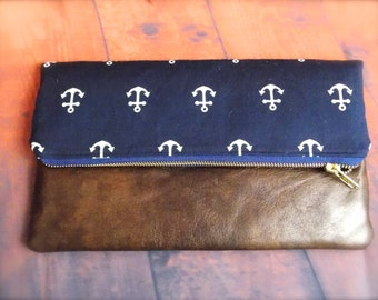 fold over clutch/anchor clutch