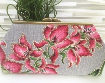Clutch Barkcloth Flower Grey Raspberry Pink