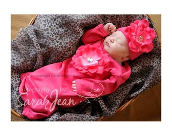 Take-Home-Outfit for Baby Girl - Fuchsia Flower Newborn Baby Girl