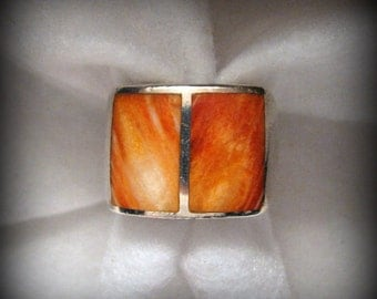 Vintage SOUTHWESTERN Spiny Oyster Shell and Sterling Silver Ring -- Size 7
