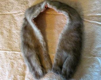 Vintage Pearl Gray Silver MINK FUR COLLAR Sweater Coat Trim