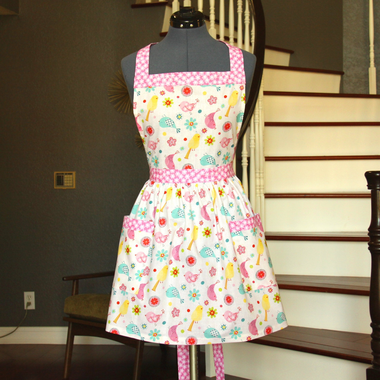 pink womens aprons aprons for women birds flowers apron. Black Bedroom Furniture Sets. Home Design Ideas