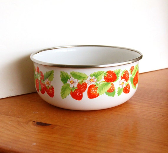 Vintage Kitchen Bowls: Items Similar To Vintage Kobe Kitchen Bowl