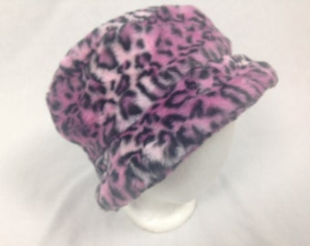 pink cheetah furry fuzzy hat