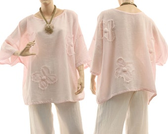 Airy summer tunic top in pale pink, linen cotton mix summer tunic top in pale pink with flowers / lagenlook for plus size L-XL, US 14-20