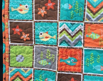 Here Fishy Fishy Baby Quilt, Henry Glass