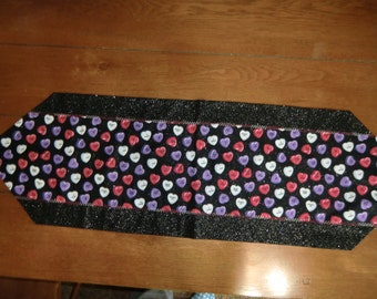 Table Runner - Valentine - Candy Hearts