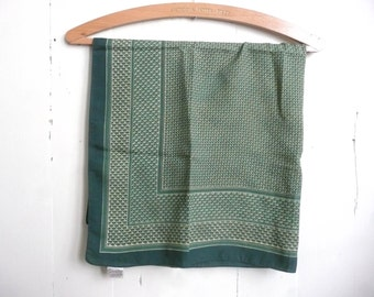 Vintage Country Casuals scarf - vintage scarf - Country Casuals square scarf - vintage Country Casuals green and gold scarf