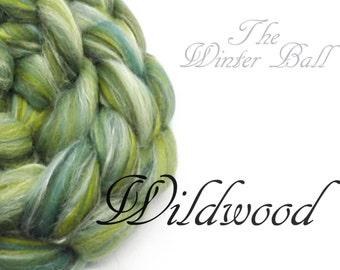 Blended Merino wool top/roving - 23 micron Merino - tussah silk - green -  100g/ 3.5oz- WILDWOOD