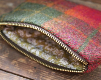 Tweed zipped coin purse with floral lining