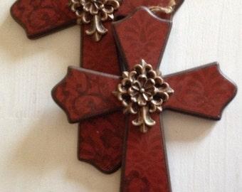 2 red crosses