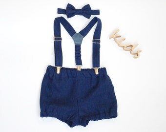 Baby boy outfit Baby boy baptism outfit Baby boy birthday outfit Baby suspenders and Bow tie set Baby boy bloomers Navy