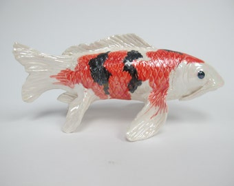 Koi fish sculptures water creatures land animals by koijoy for Statue carpe koi
