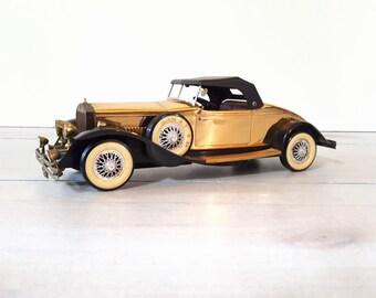 AM Transistor Radio Vintage Toy Car Rolls Royce Phantom 1931 Model Novelty Transistor Radio Home Decor