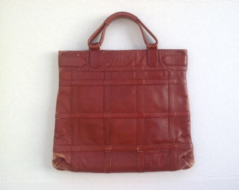Retro 70s Leather purse / vintage leather satchel / top handles zipper closure / rust leather made in Columbia
