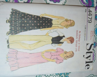 Vintage 70s Style 4479 Misses Top orWaistcoat Skirt and Trousers Sewing Pattern - UNCUT - Size 8 or Size 16