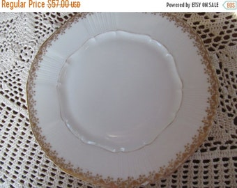 SALE Jean Pouyat Delicate Gold Haviland Limoges Plate French White and Gold Gild Plate Limoges Plate French White Table Decor