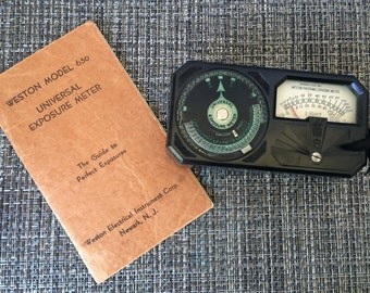Vintage Weston Photronic Model 650 Universal Exposure Light Meter with Instruction Book and hard leather case