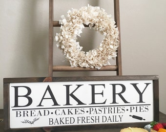 Bakery sign - Kitchen decor - Bakery wood sign - Baker gift sign - Pastries Wood Sign - Fresh Bread Sign - Farmhouse Decor