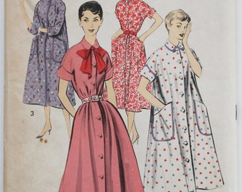 1950s House Dress/Robe Sewing Pattern Womens Robe/ Housecoat Vintage Size 14 Bust 34 Advance 8230