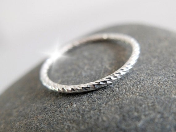 Silver Rope Stacking Ring, Rope Ring, Twisted Silver Ring, Silver Rope Ring, Silver Spiral Ring, Narrow Silver Ring, Silver Stacking Rings