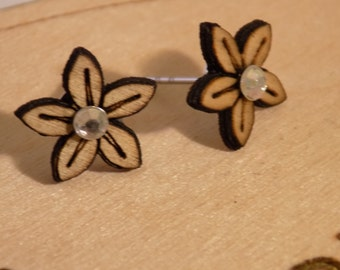 Wooden Flower earring with diamante centre