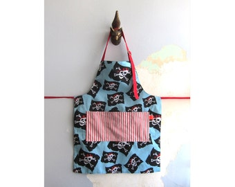 Toddler Apron with pockets - Pirate, Jolly Rogers