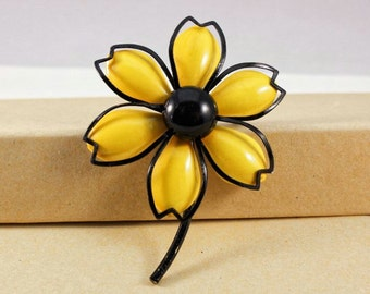 Vintage Yellow and Black Enamel Flower Brooch (retro 50s 60s 70s metal pin bright colorful summer spring cute pretty floral layer)