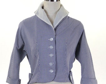 Vintage 1940s Women's Peplum Blouse / White Collar Inset / Navy Blue & White Checked 3/4 Sleeve / Gingham Blouse/ Cuffed Sleeves