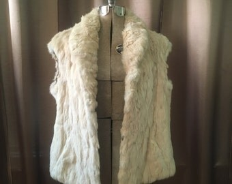 Vintage 1970s Blonde Rabbit Fur Gilet Vest Cream White Oversized Cropped Glam Dress Jacket Coat M L