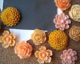 Orange Flower Thumbtacks, Push Pin Set, 12 pcs Pushpins, Bulletin Board Tacks, Wedding Decor, Gifts, Housewarming Gift, Orange Decor