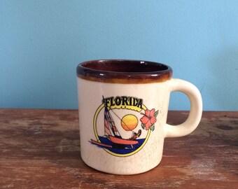 Retro Florida Sailing Souvenir Mug