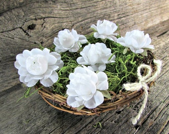 White Rose Centerpiece, Twig Birds Nest Decor Centerpiece, Rose Wedding Decor, Rustic Farmhouse Country Spring Summer Wedding Decoration
