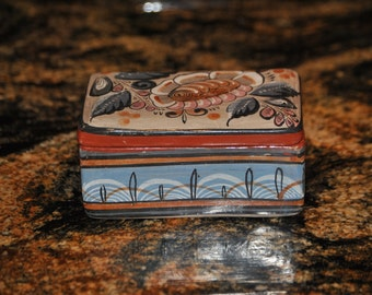 Vintage TONALA lidded box